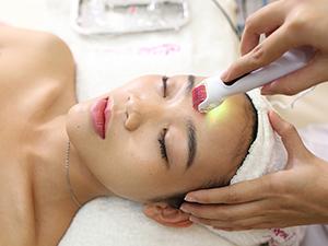 Phương pháp lăn kim mới giúp trẻ hóa làn da
