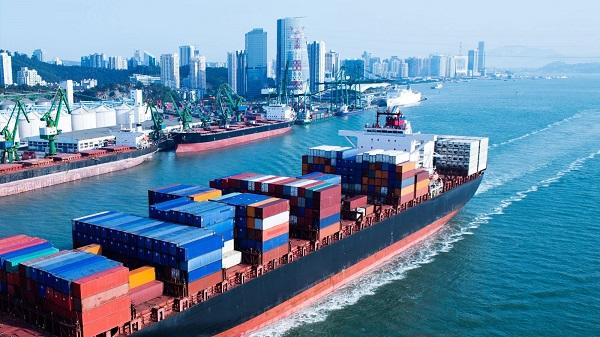 Vì sao nên thuê dịch vụ vận chuyển hàng trên biển