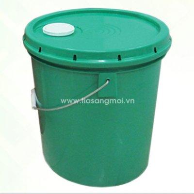 Tái sử dụng vỏ thùng sơn nhựa cho gia đình