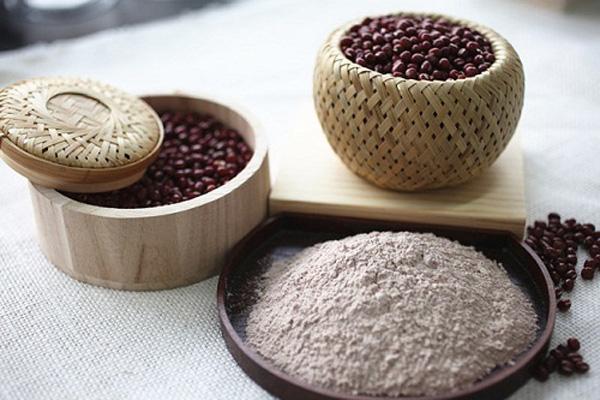 Top 5 cách làm mặt nạ dưỡng da bằng đậu đỏ nhanh chóng tại nhà